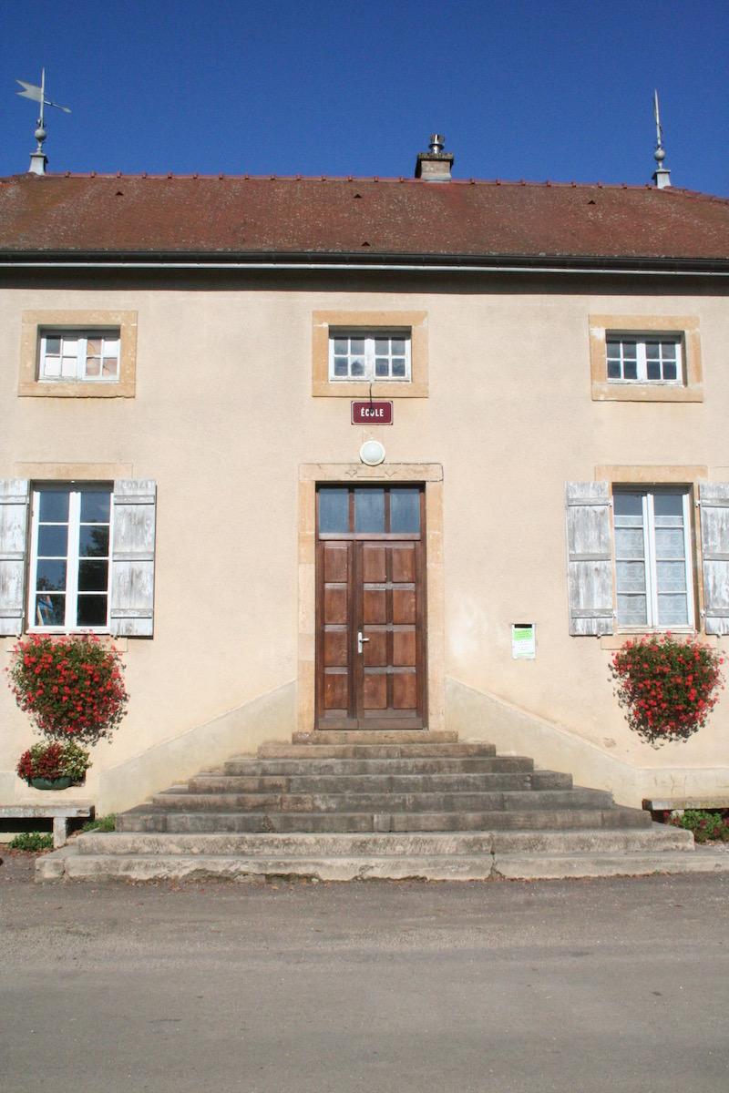 Accessibilité des bâtiments communaux recevant du public - Ancienne école - Savigny-sous-Mâlain